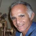 JAIME PRADO - Repórter cinematográfico e fotógrafo com mais de 40 anos de trabalhos em TV, e com hansenianos. Restaurador de relógios históricos e colecionador de imagens