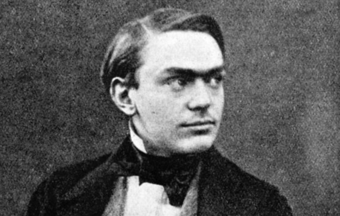alfred-nobel-young-close