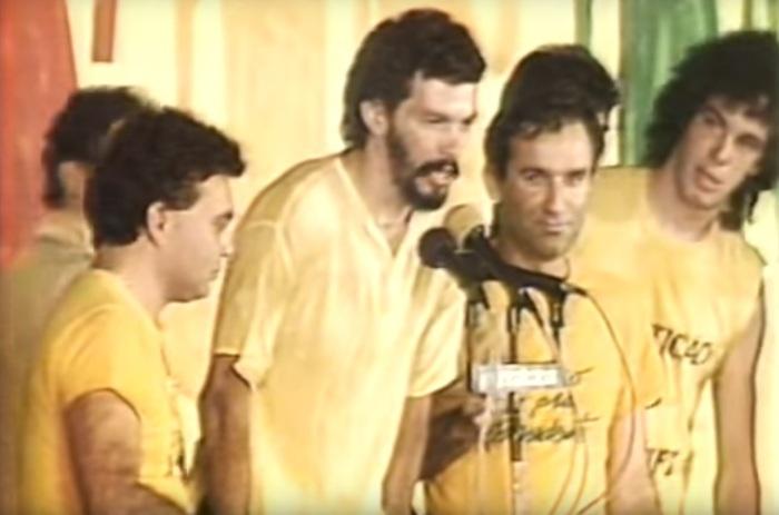 Sócrates, Osmar Santos e Casagrande no Comício das Diretas Já.